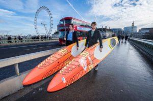 app-sup-open-w-londynie-wyscigi-na-supie-stand-up-paddle-paddleboard-deska-z-wioslem